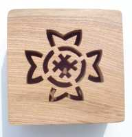 Celtic Cross design - view of lid